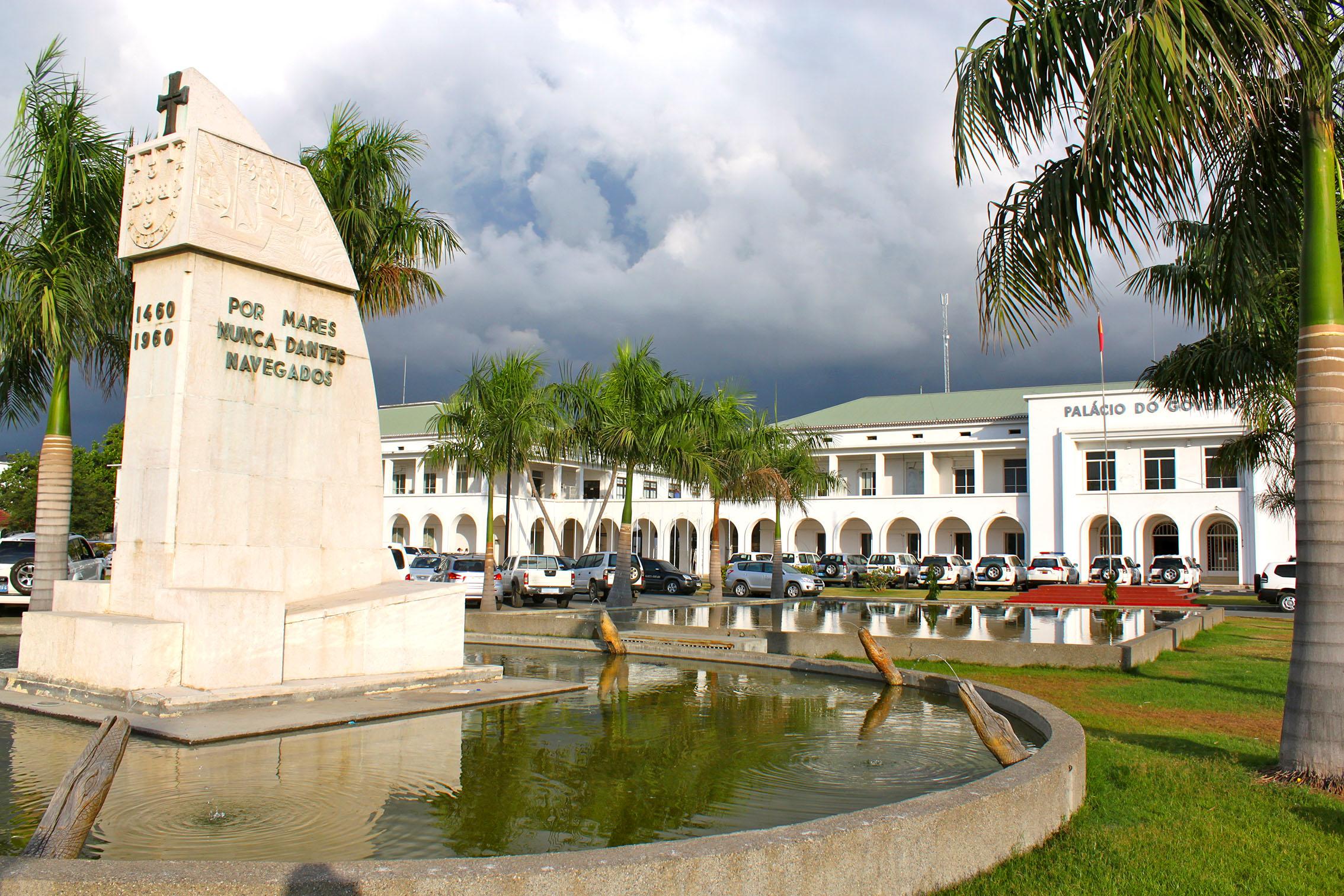 Aeroporto Dili : Dili timor leste thursday 21 july angusmccoll